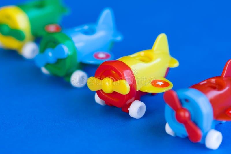 Jouet en plastique d'avion image libre de droits