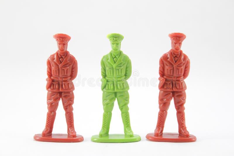 Jouet ou soldats miniatures de plastique photographie stock libre de droits