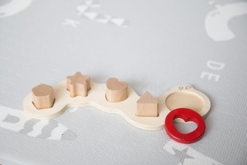 Jouets de puzzle de bébé photos stock