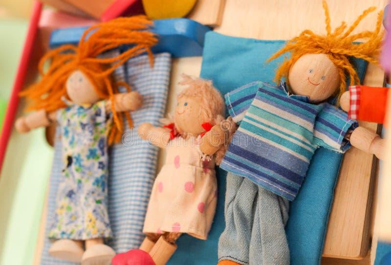 Jouets en bois de poupée image libre de droits