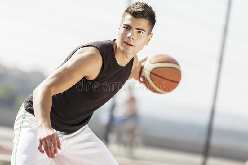 Joueur de basket photo stock