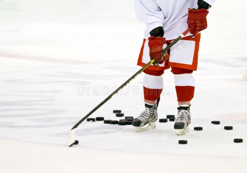 Joueur de hockey sur glace photos libres de droits