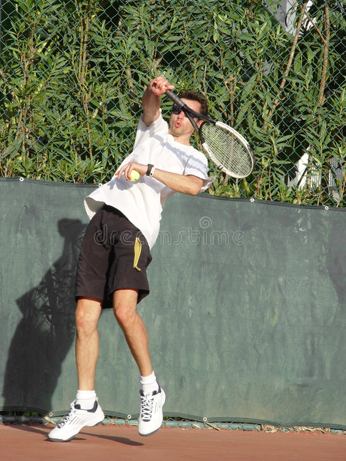 Download Joueur de tennis photo stock. Image du mâle, tennis, bille - 62668