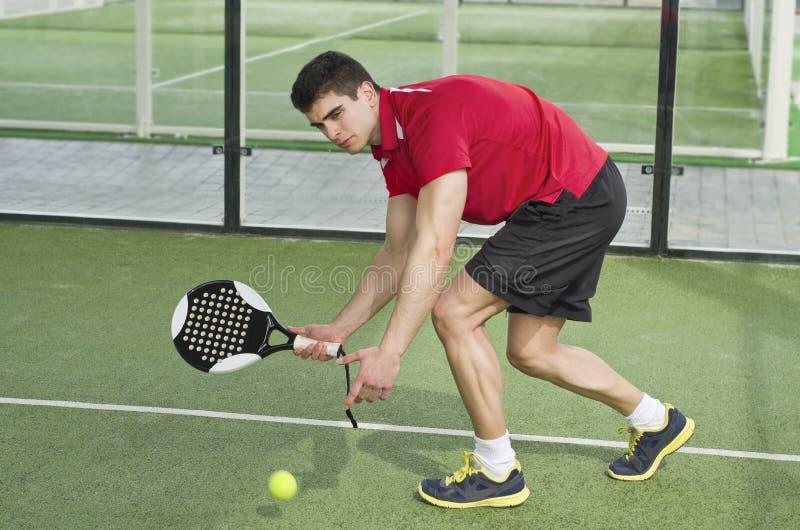 Joueur de tennis de palette photographie stock libre de droits