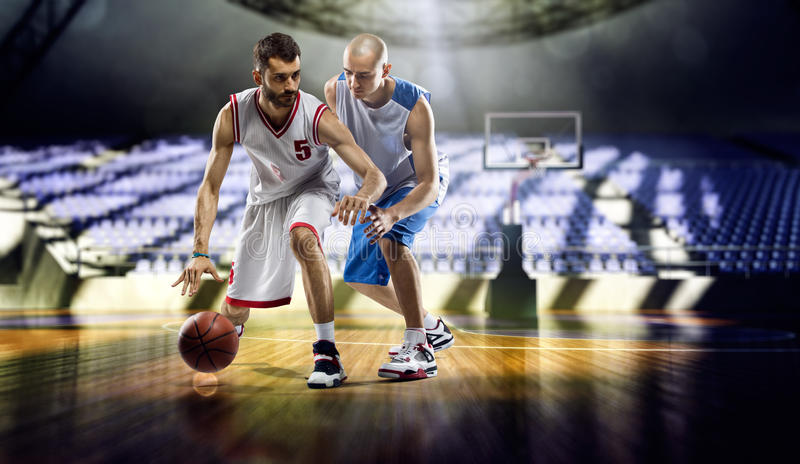 joueurs de basket photos stock