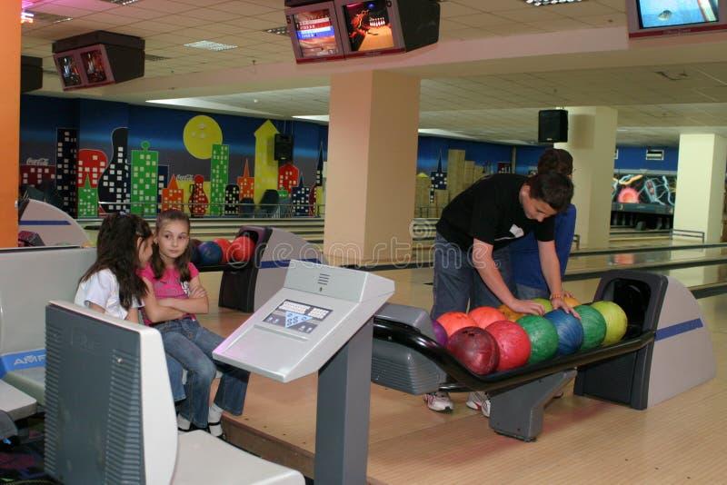 Joueurs de bowling image libre de droits