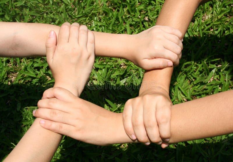 Download Jouons image stock. Image du jardin, amour, cercle, union - 730265