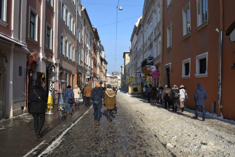 Jour d'hiver ensoleillé Lviv Ukraine photo stock