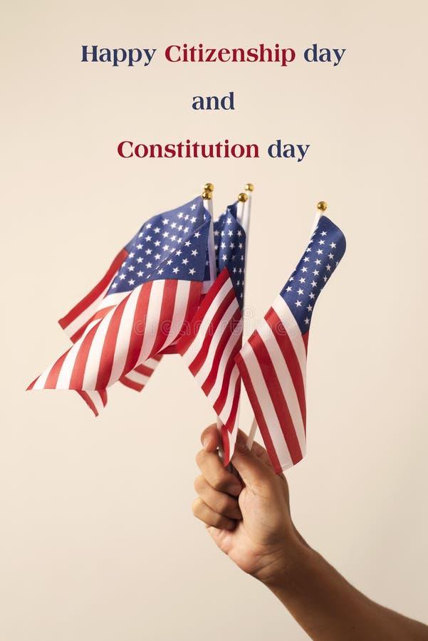 Jour de citoyenneté heureux des textes et jour de constitution image stock