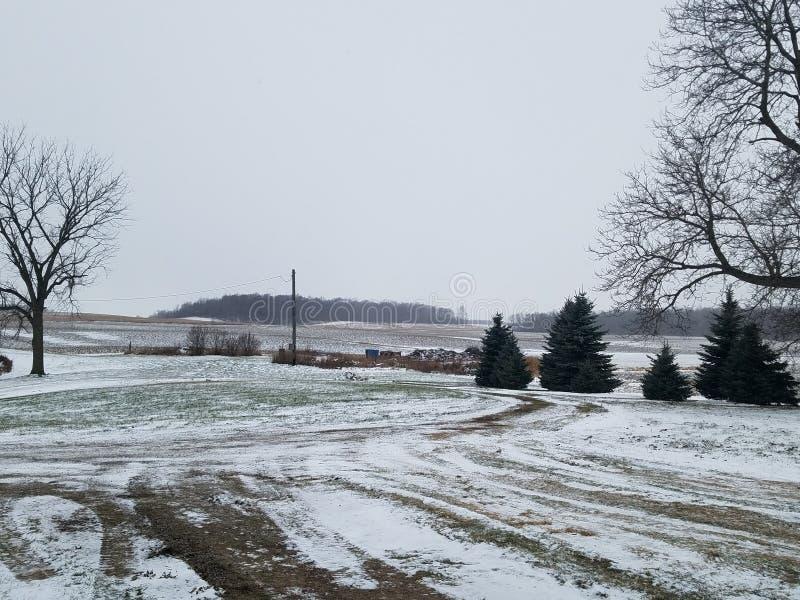 Jour de neige à la ferme images libres de droits
