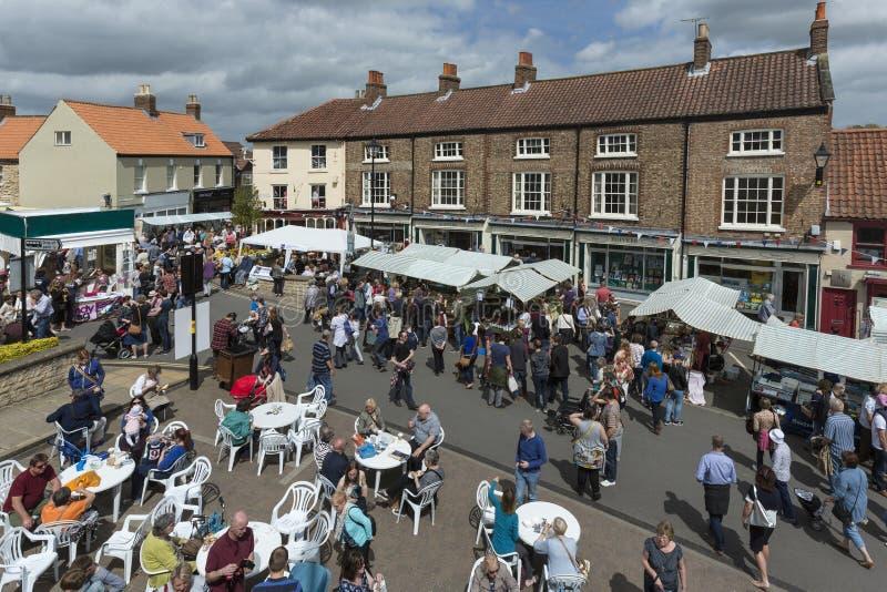 Jour du marché - Malton - Yorkshire - Angleterre photographie stock libre de droits