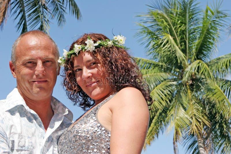 Jour du mariage sur la plage photographie stock