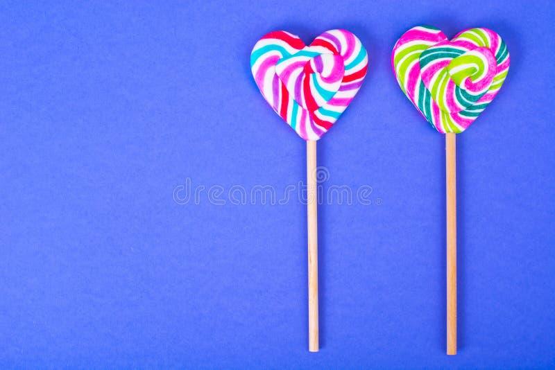 Jour du `s de Valentine Le concept de l'amour, sucrerie d'amoureux images stock
