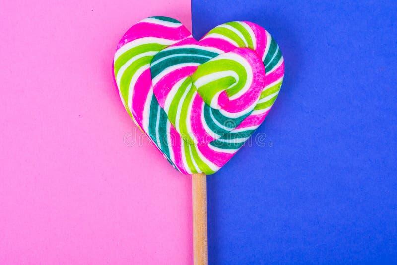 Jour du `s de Valentine Le concept de l'amour, sucrerie d'amoureux photos stock