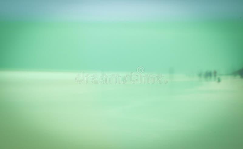 Jour fantomatique tiré sur la plage bleue de montagne photographie stock libre de droits
