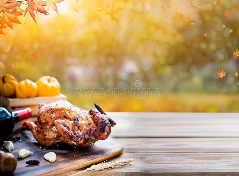 Jour heureux d'action de grâces Poulet et dinde rôtis pour la partie photos stock
