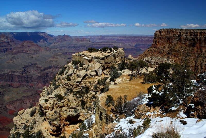 Jour merveilleux : Neige fraîche d'hiver chez le parc national de Grand Canyon/Arizona/Etats-Unis photographie stock libre de droits