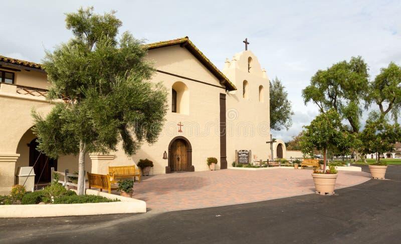 Jour nuageux à la mission la Californie de Santa Ines images libres de droits