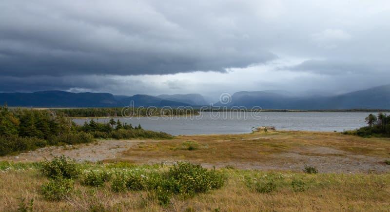 Jour orageux près de Rocky Harbour photographie stock libre de droits