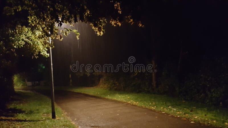 Jour pluvieux de détente photographie stock libre de droits