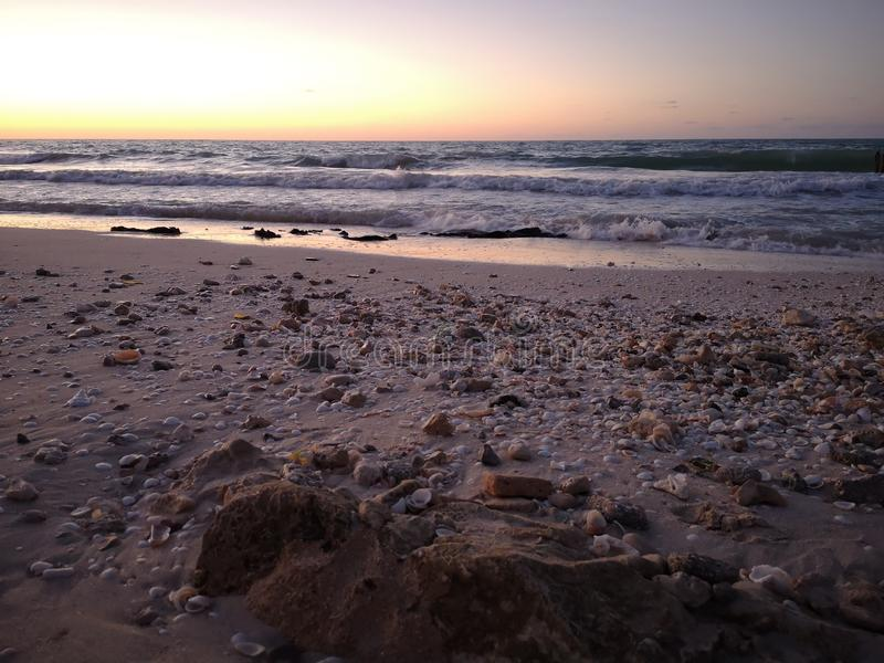Jour rêveur à la plage photos libres de droits