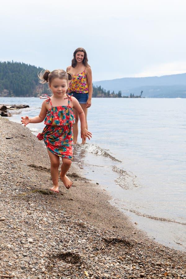 Journée à la plage, Coeur d'Alene photographie stock
