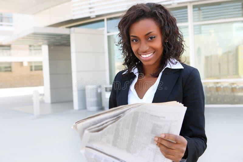 Journal africain du relevé de femme photos stock