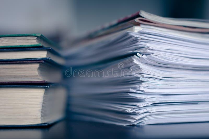 Journalisation et impôts image libre de droits