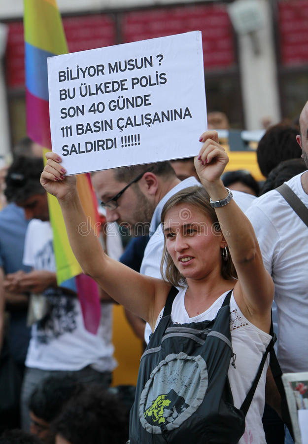 Download Journalists Protest In Istanbul Editorial Photo - Image: 32517066