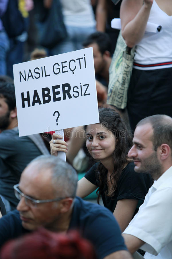 Download Journalists Protest In Istanbul Editorial Photo - Image: 32517166
