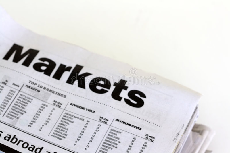 Journaux de finances photos stock