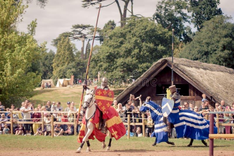 jousting рыцари стоковое изображение