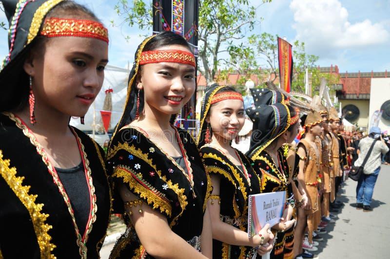 Jovem do nativo de Kadazan Dusun de Sabah Malaysia Borneo fotografia de stock royalty free