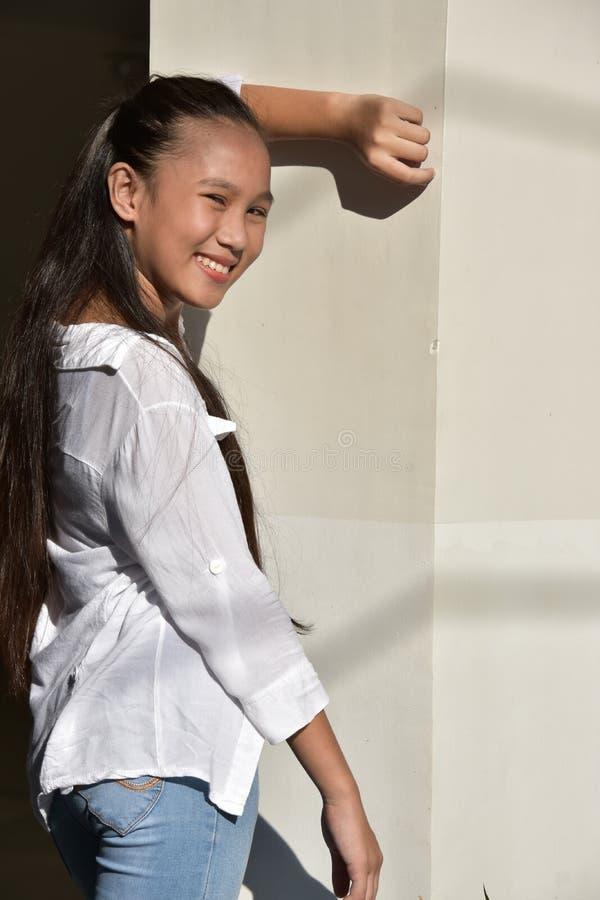 Jovem fêmea e felicidade fotos de stock