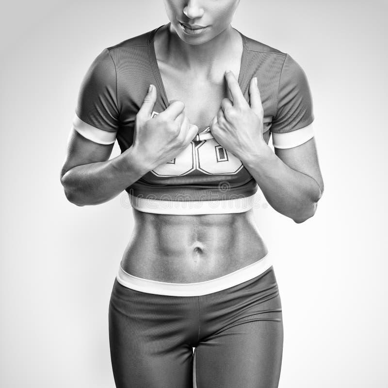 Jovem mulher atlética da aptidão imagem de stock