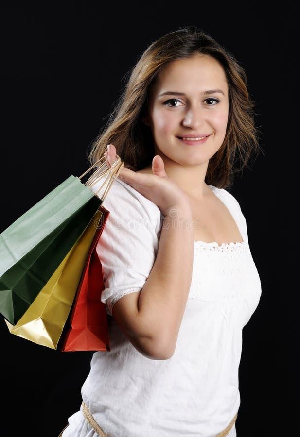 Jovem mulher atrativa de compra fotografia de stock
