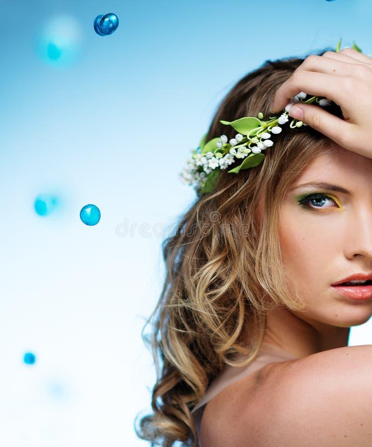 Jovem mulher bonita imagens de stock