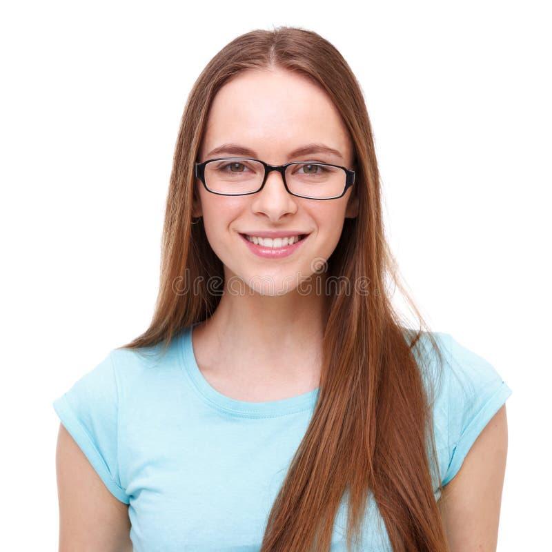 Jovem mulher bonita com o retrato dos vidros isolado no branco foto de stock royalty free