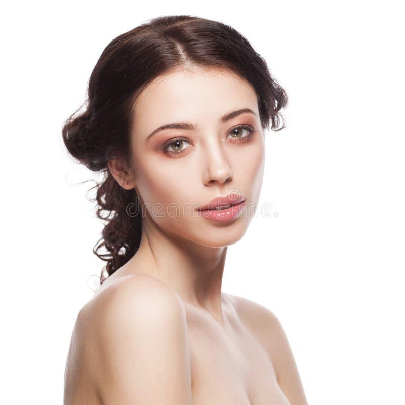 Jovem mulher bonita com pele fresca limpa imagens de stock royalty free