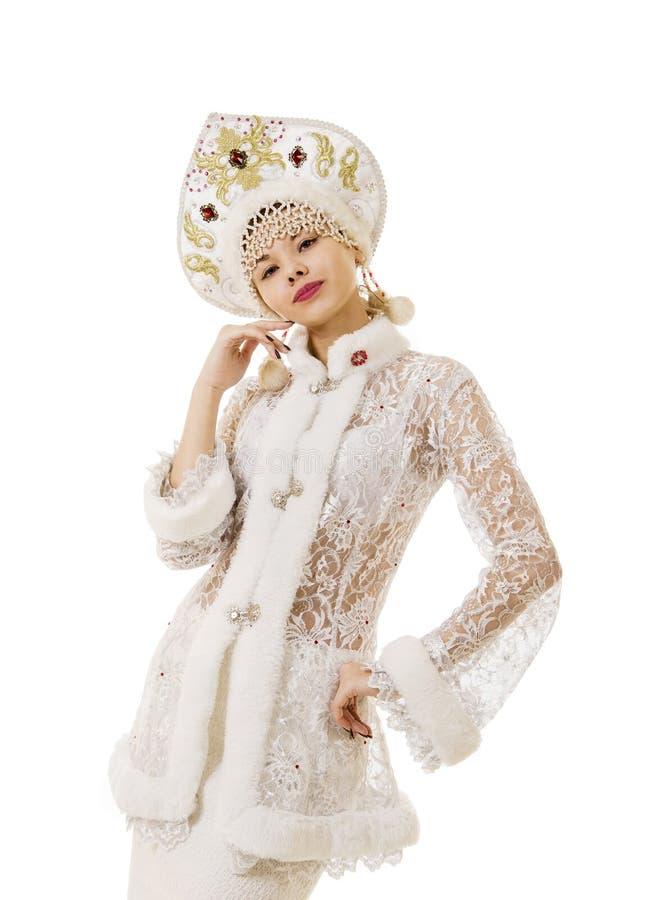 Jovem mulher bonita, feliz, emocional vestida como o sorriso de Santa Claus Carnaval Natal-novo do ano foto de stock