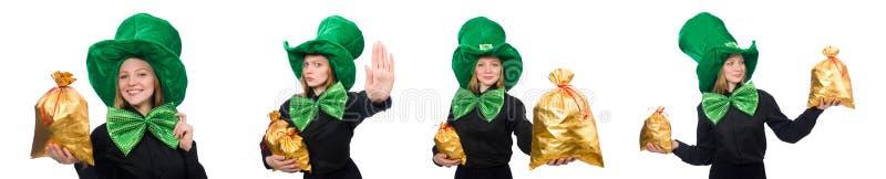 A jovem mulher com la?o gigante verde fotografia de stock