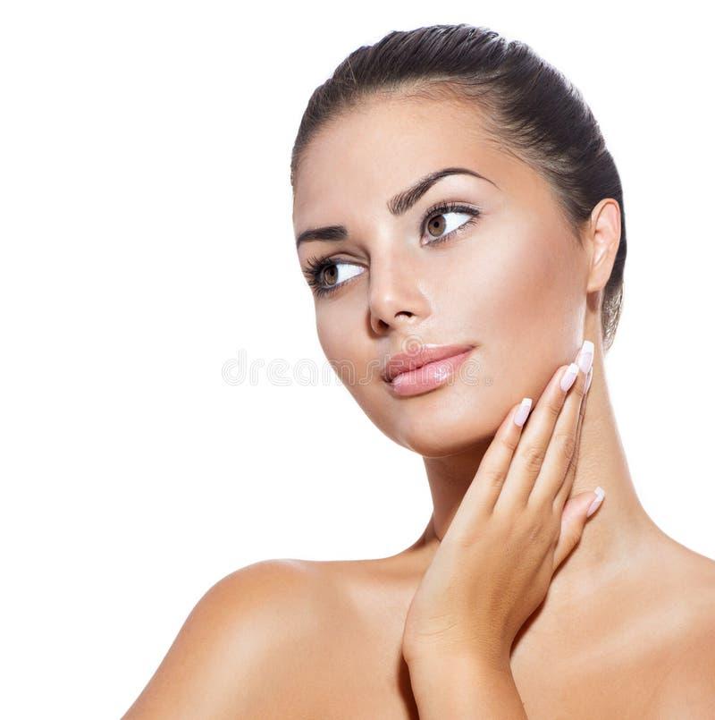 Jovem mulher com pele fresca limpa foto de stock
