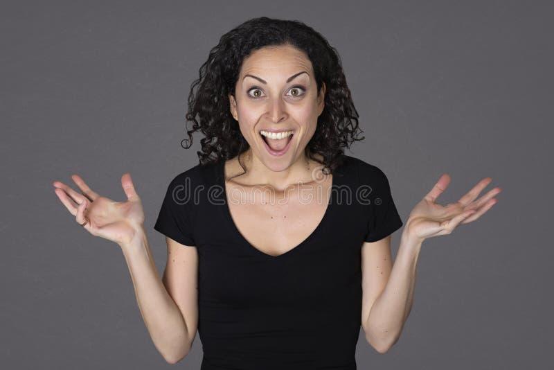 Jovem mulher em uma expressão da surpresa fotografia de stock royalty free