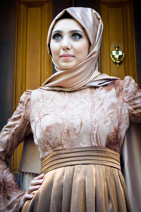 Jovem mulher muçulmana fotografia de stock