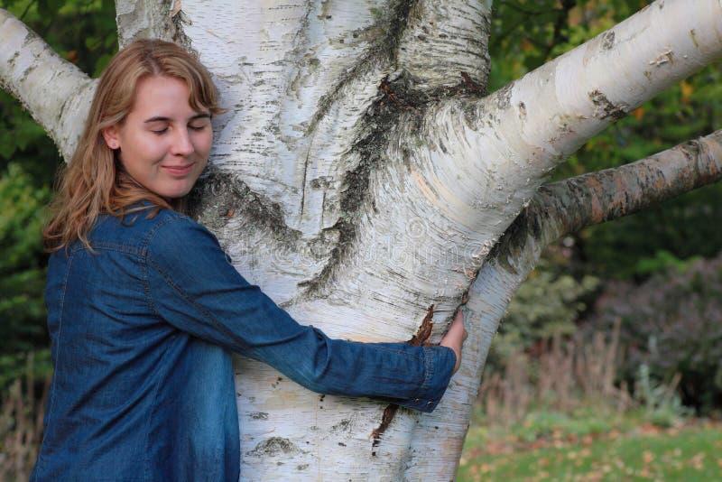 Hugger da árvore imagens de stock royalty free