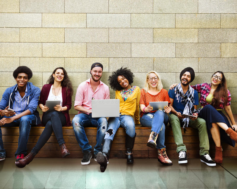 Jovens Team Together Cheerful Concept dos adolescentes foto de stock royalty free