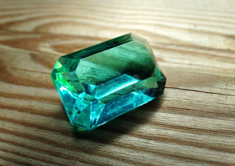 Joya cristalina del diamante del zafiro de la gema fotografía de archivo libre de regalías