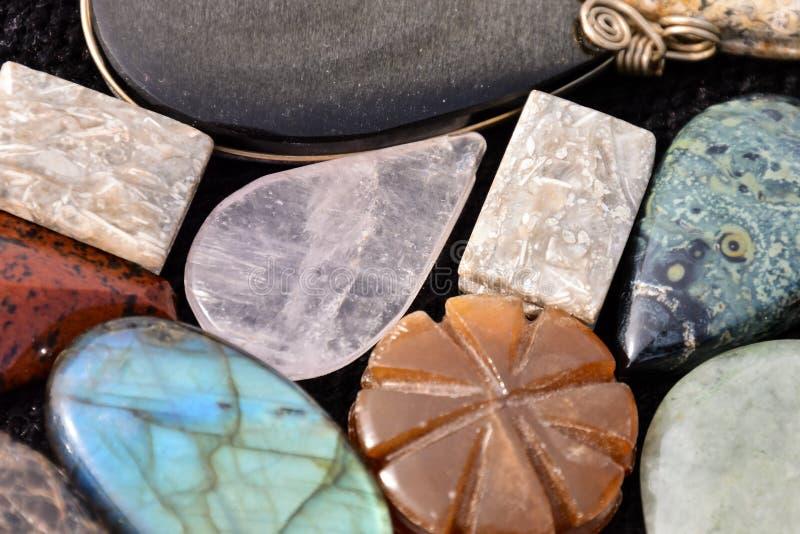 Joya semi preciosa de la piedra de la roca foto de archivo libre de regalías