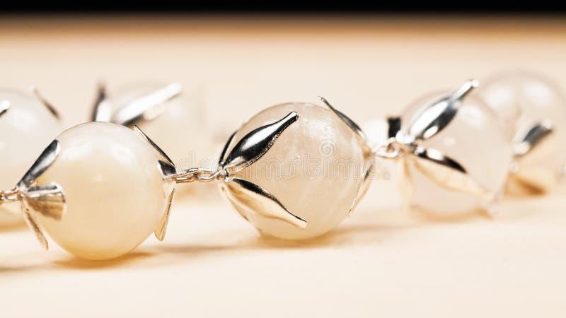 Joyas de plata con las piedras preciosas fotografía de archivo libre de regalías