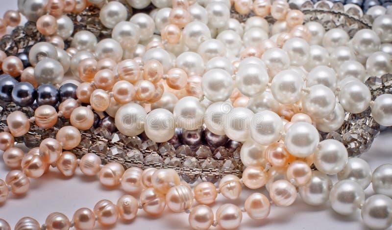 Joyería de las perlas, del vidrio y del plástico fotos de archivo libres de regalías